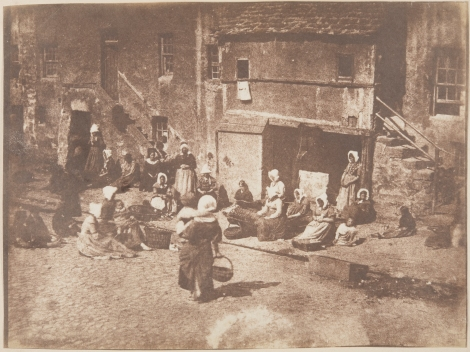 """Fisherwomen baiting lines, Fishergate, North Street, St Andrews"" by Hill & Adamson, 1847 (St Andrews ALB-6-91)"