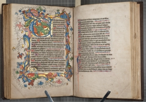 "Leaves 72v-73r of the ""St Andrews Psalter"" (St Andrews msBX2033.A00), with full border decorations and illuminations"