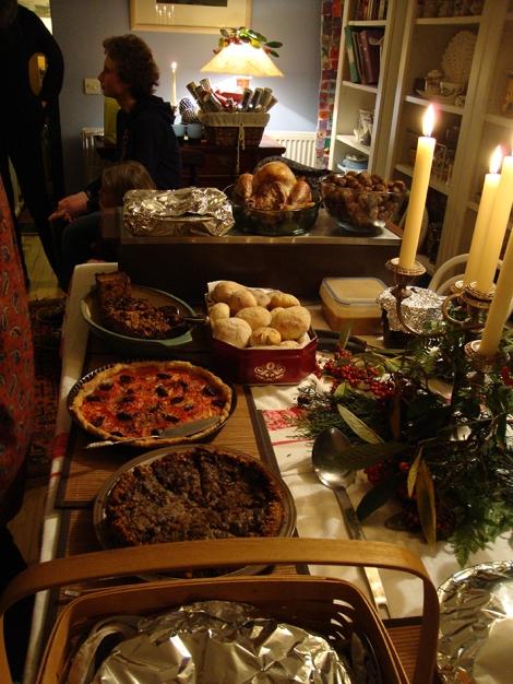 Christmas Cake Table