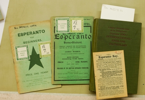 Some tools to get me started in Esperanto: (from left to right) Esperanto for beginners, The Esperanto home-student, Esperanto key and Linguo internaciona di Delegitaro (International English Dictionary).