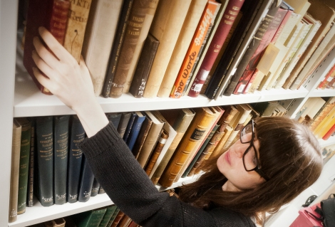 Pic 2 Working in stacks - feature