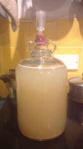 ginger_beer_demijohn_1