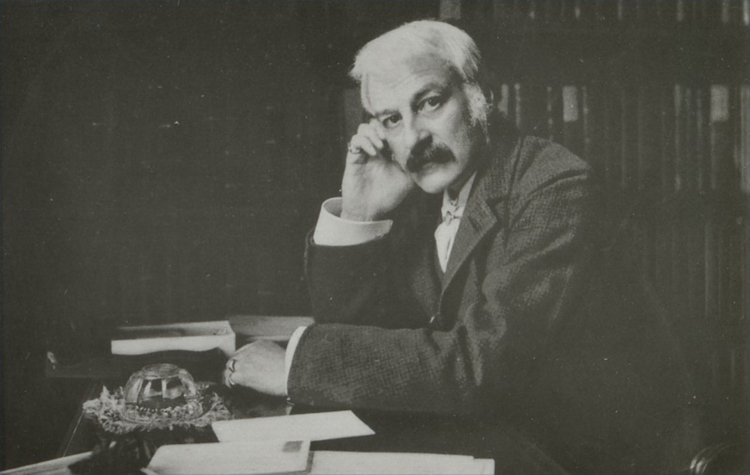 Pic 1 Andrew Lang_1