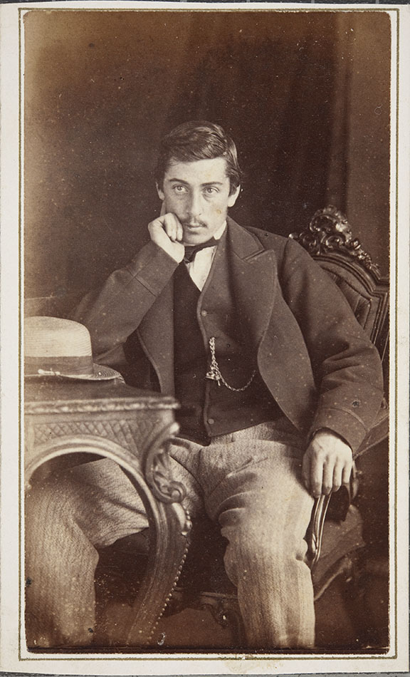 Carte De Visite Portrait Of Unknown Man In The Studio Robert Douglas St Andrews ID 2000 1 87