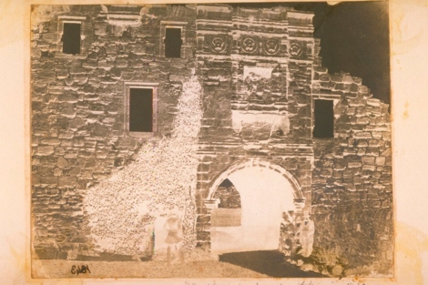 Calotype negative taken in 1843 by Dr John Adamson of St Andrews Castle (ALB-8-87).