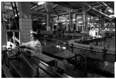 Soviet women factory workers, by Franki Raffles, 1989 [2014-4-038-5a]. ©Franki Raffles Estate