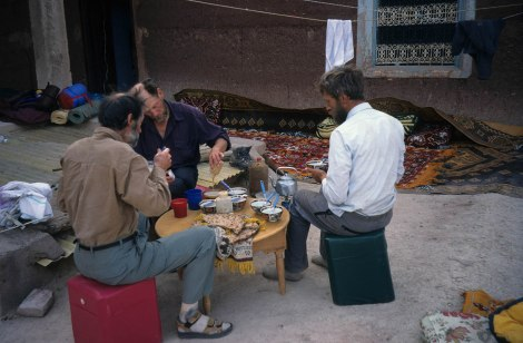 HMB-1718 Breakfast on an Animeter rooftop, in the Altas Mountains_1
