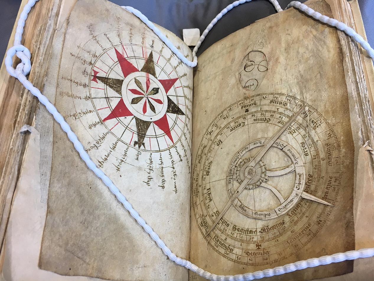 manuscript volvelles_1